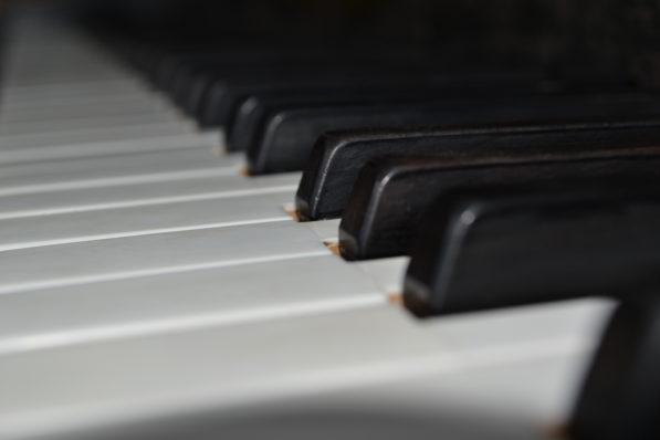 Alle möglichen Noten – einmal in die anderen Tasten hauen